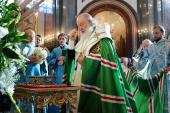 Принесение в Храм Христа Спасителя десницы святителя Спиридона Тримифунтского